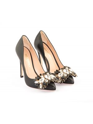 embellished  paola courts
