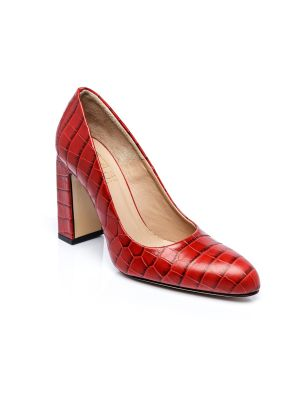 Red cocco pumps
