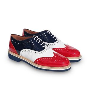 Look red and black patent leather oxfords